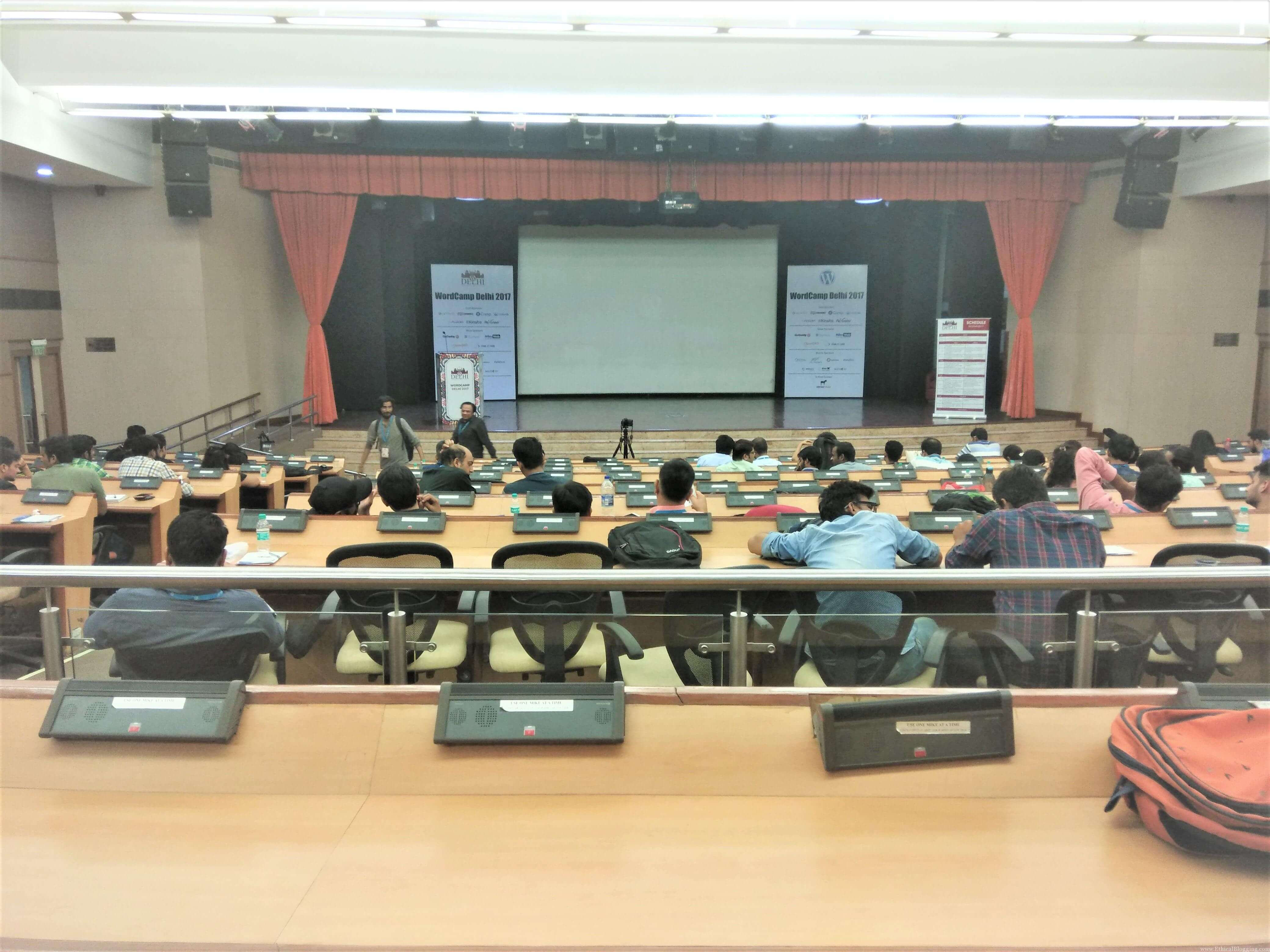 Inside the Hall [WordCamp Delhi 2017 (2)]